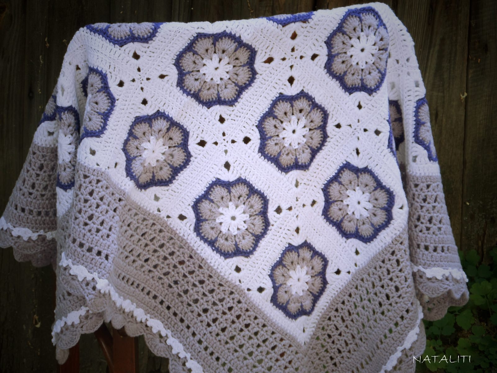 Knitted baby blanket Lavender-white - 703