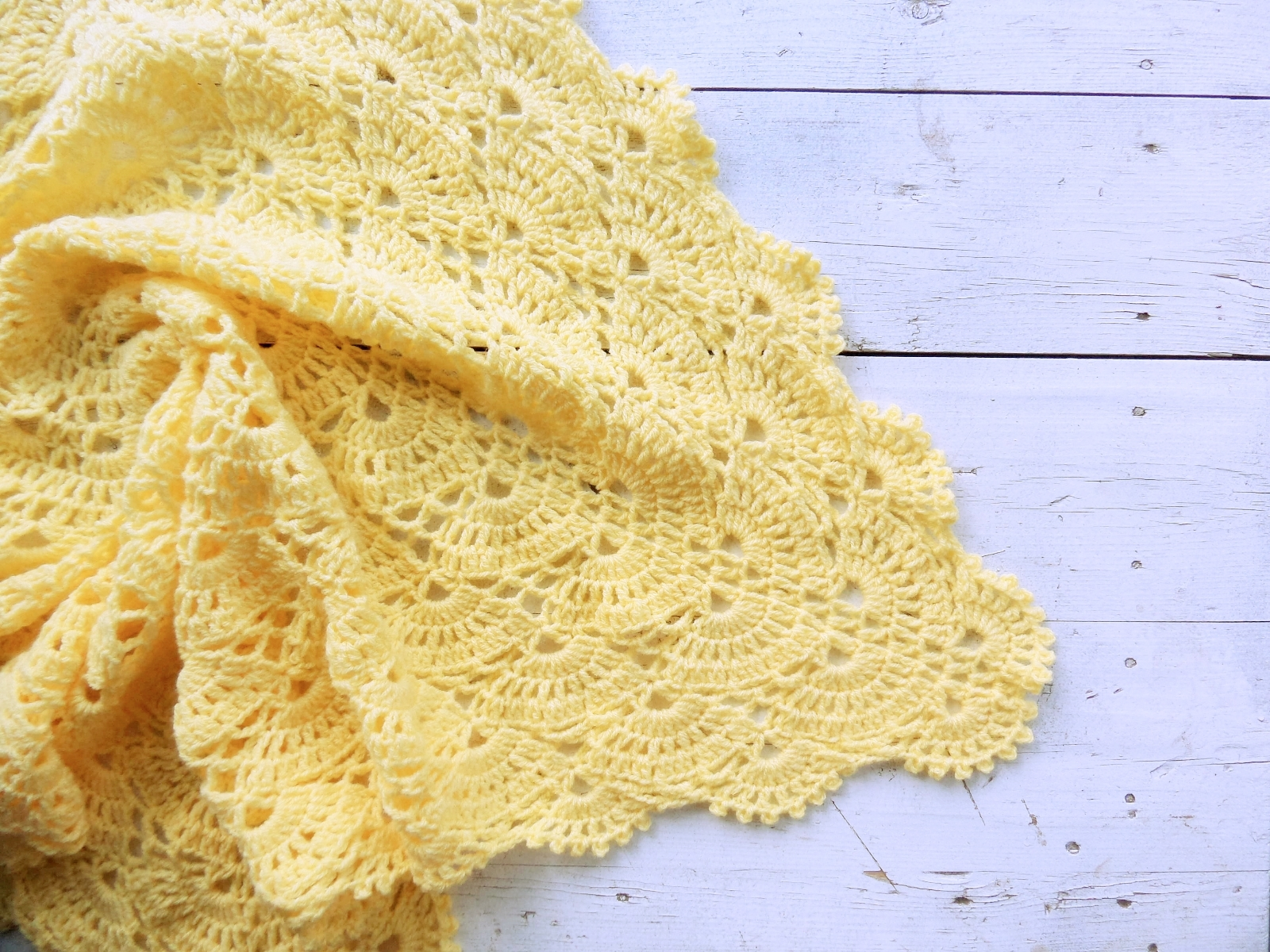 Knitted baby blanket yellow - PLED 197 1