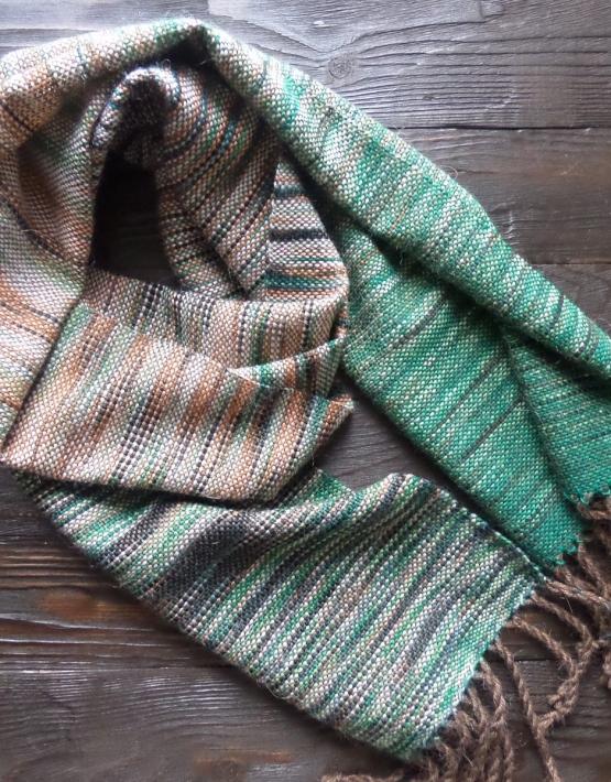 Scarf hand weaving green-brown - tkanye sharfy 313 555x710