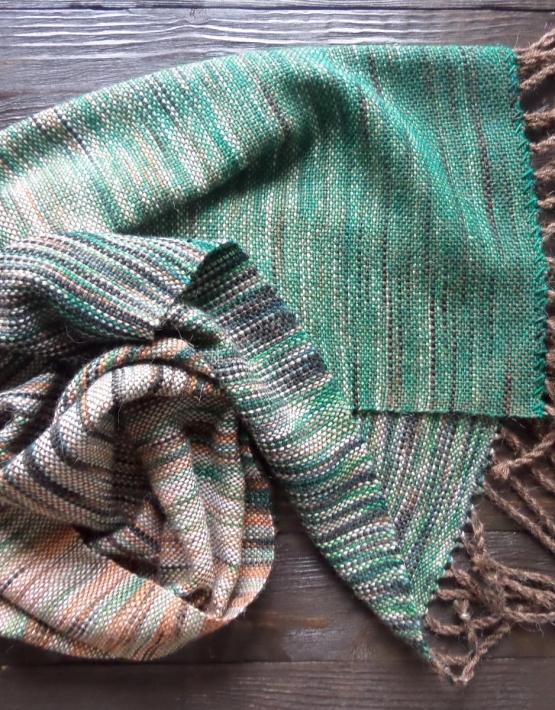 Scarf hand weaving green-brown - tkanye sharfy 316 555x710