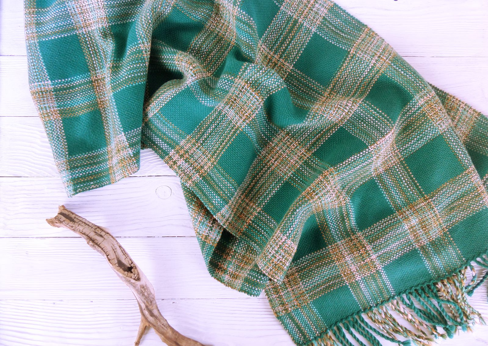 Scarf hand weaving green cage - tkanye sharfy 372
