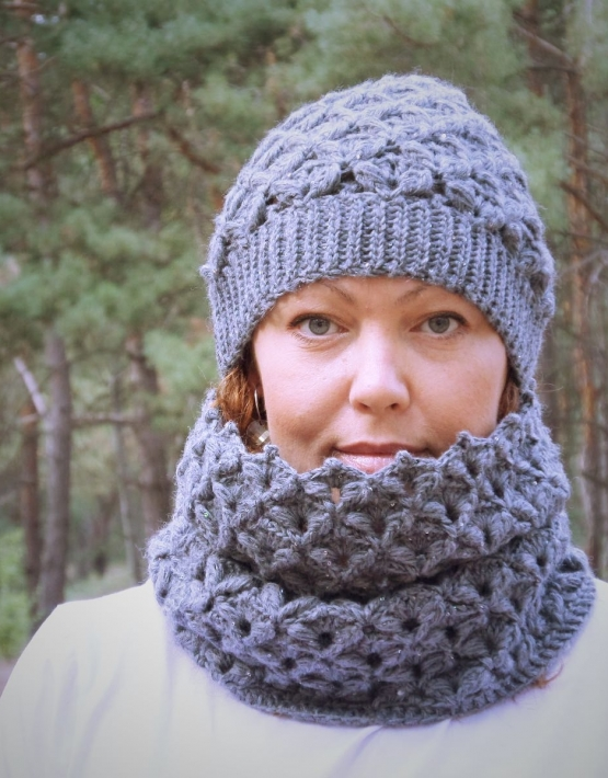 Set of hat and cowl dark gray color - tkanye sharfy 411 555x710