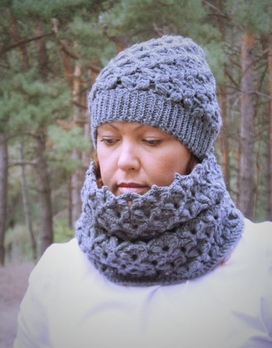 Set of hat and cowl dark gray color - tkanye sharfy 414 555x710