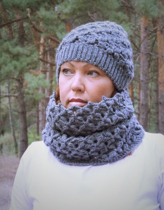 Set of hat and cowl dark gray color - tkanye sharfy 416 555x710
